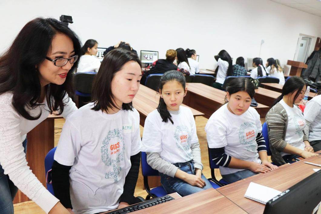 GirlsinTech 2
